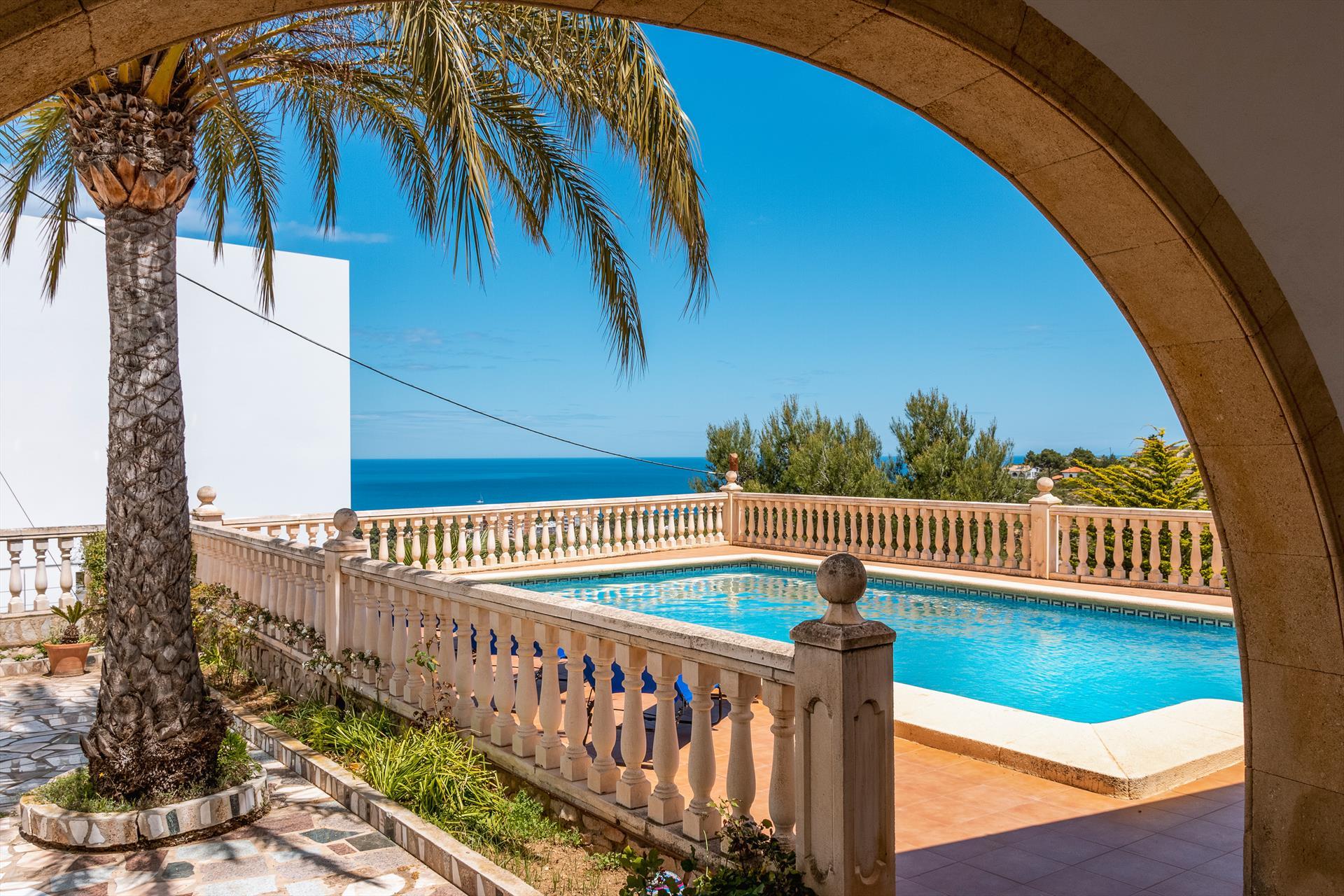La Florida 4 pax,Villa maravillosa y romántica  con piscina privada en Denia, en la Costa Blanca, España para 4 personas.....
