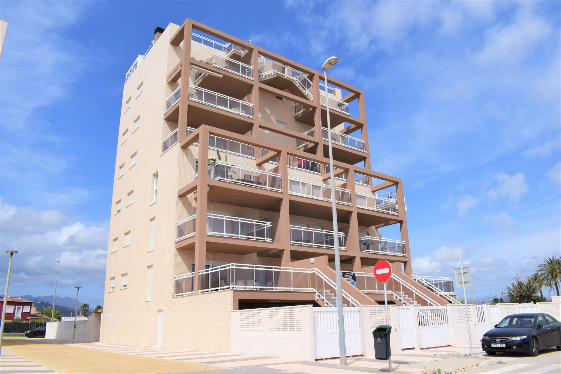 Burguera Terranova AP125,Modern and comfortable apartment in Oliva, on the Costa Blanca, Spain  with communal pool for 4 persons.....