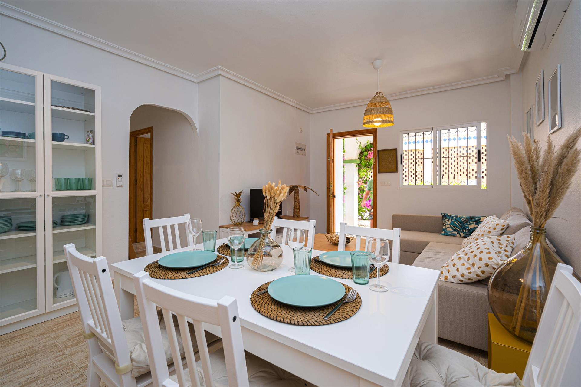 Casa Titan,Lovely apartment  with communal pool in Torre De La Horadada, on the Costa Blanca, Spain for 4 persons.....