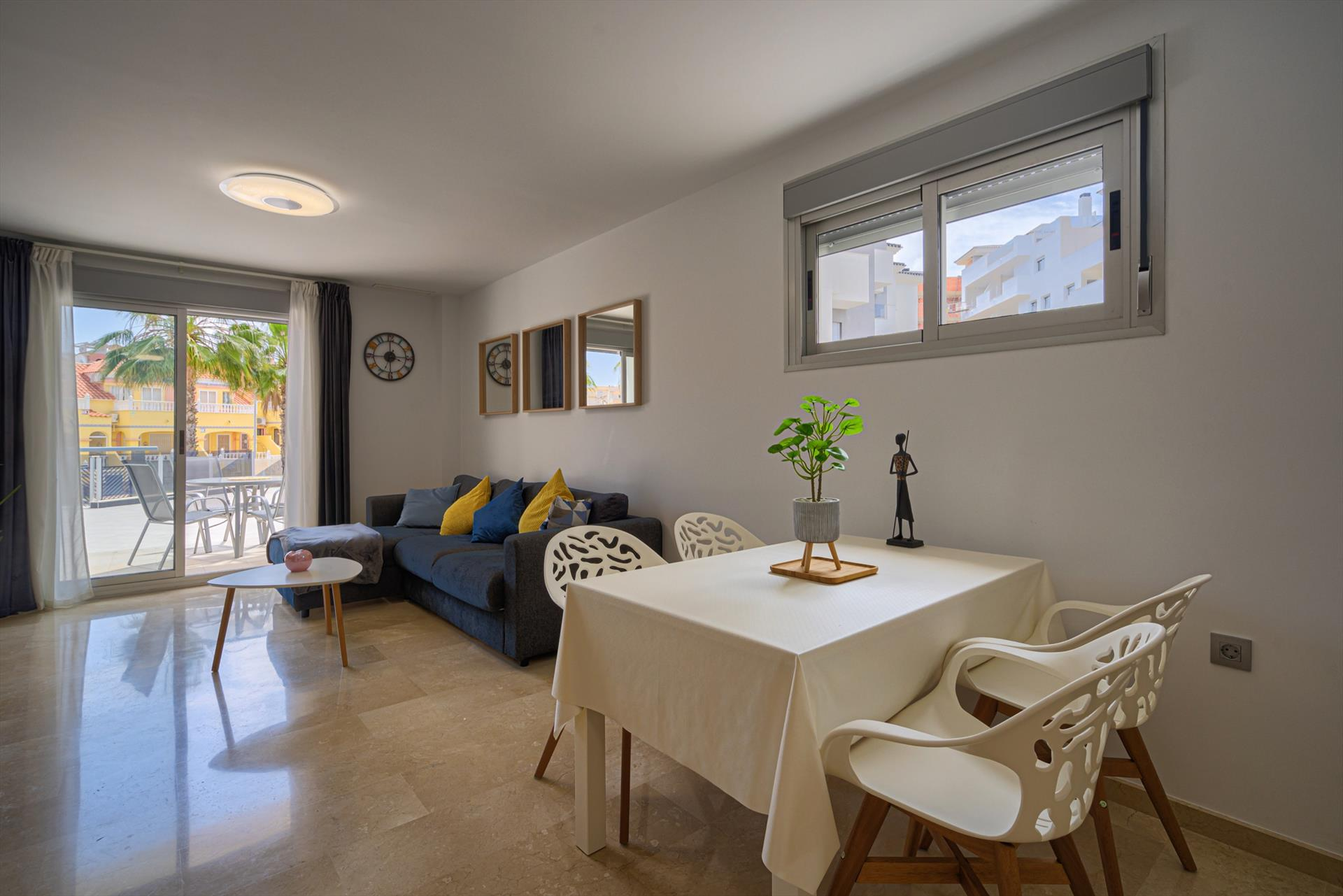 El Girasol,Modern apartment in Orihuela Costa, on the Costa Blanca, Spain  with communal pool for 4 persons.....