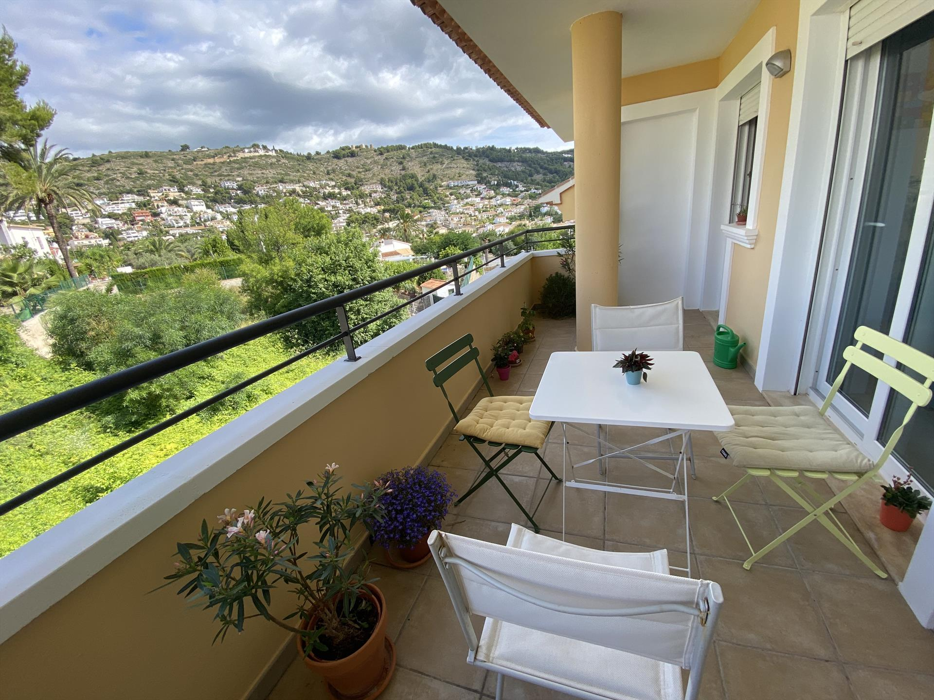 Santa Barbara,Beautiful and comfortable apartment in Javea, on the Costa Blanca, Spain for 4 persons. The apartment is situated in a coastal.....