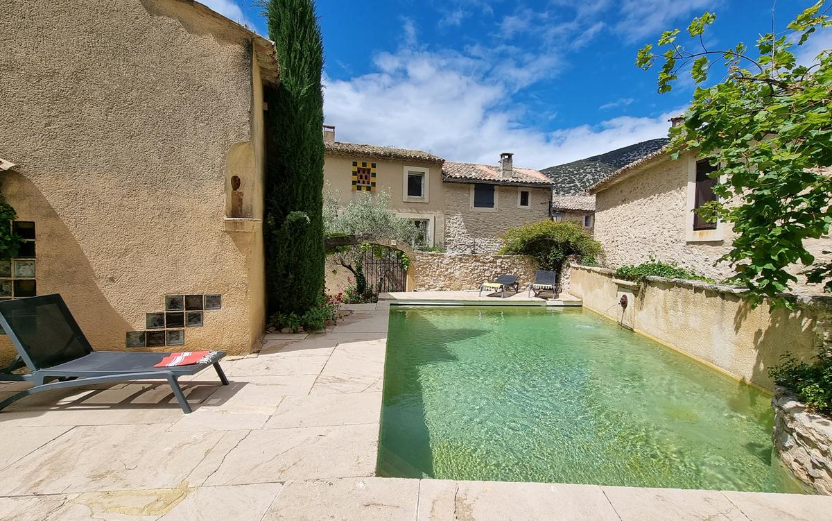 Beilles,Villa clásica y confortable en Malaucène, en la Provenza, Francia  con piscina privada para 6 personas...