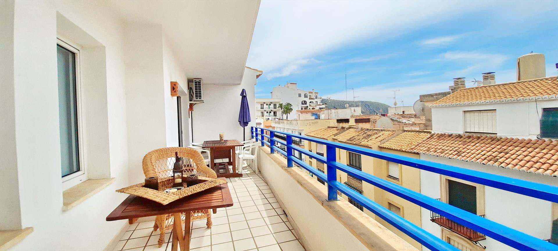 Esmeralda,Grosse und klassische Ferienwohnung in Moraira, an der Costa Blanca, Spanien für 6 Personen.....