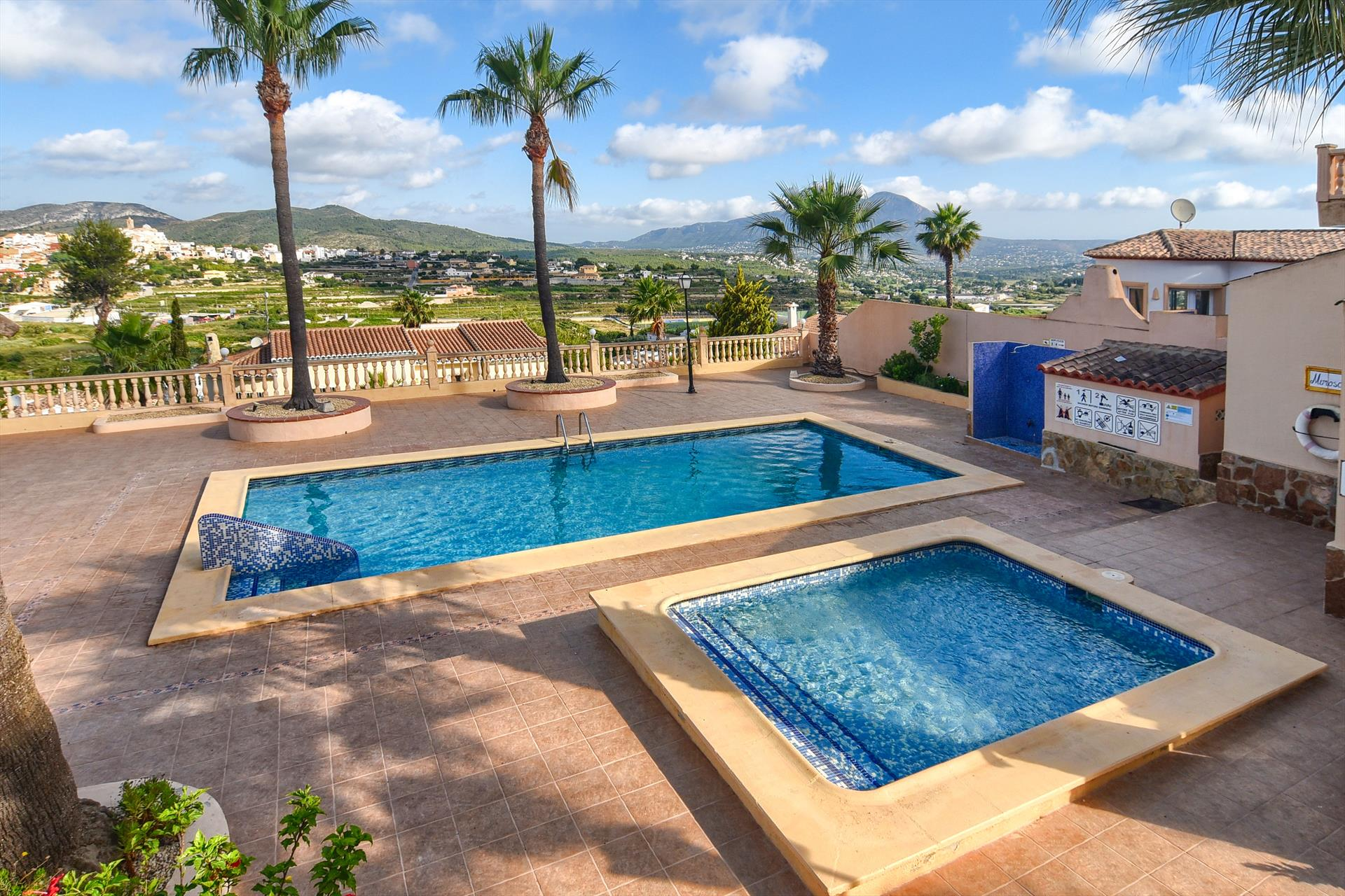Las Mimosas,Wonderful and classic villa in Benitachell, on the Costa Blanca, Spain  with communal pool for 4 persons.....