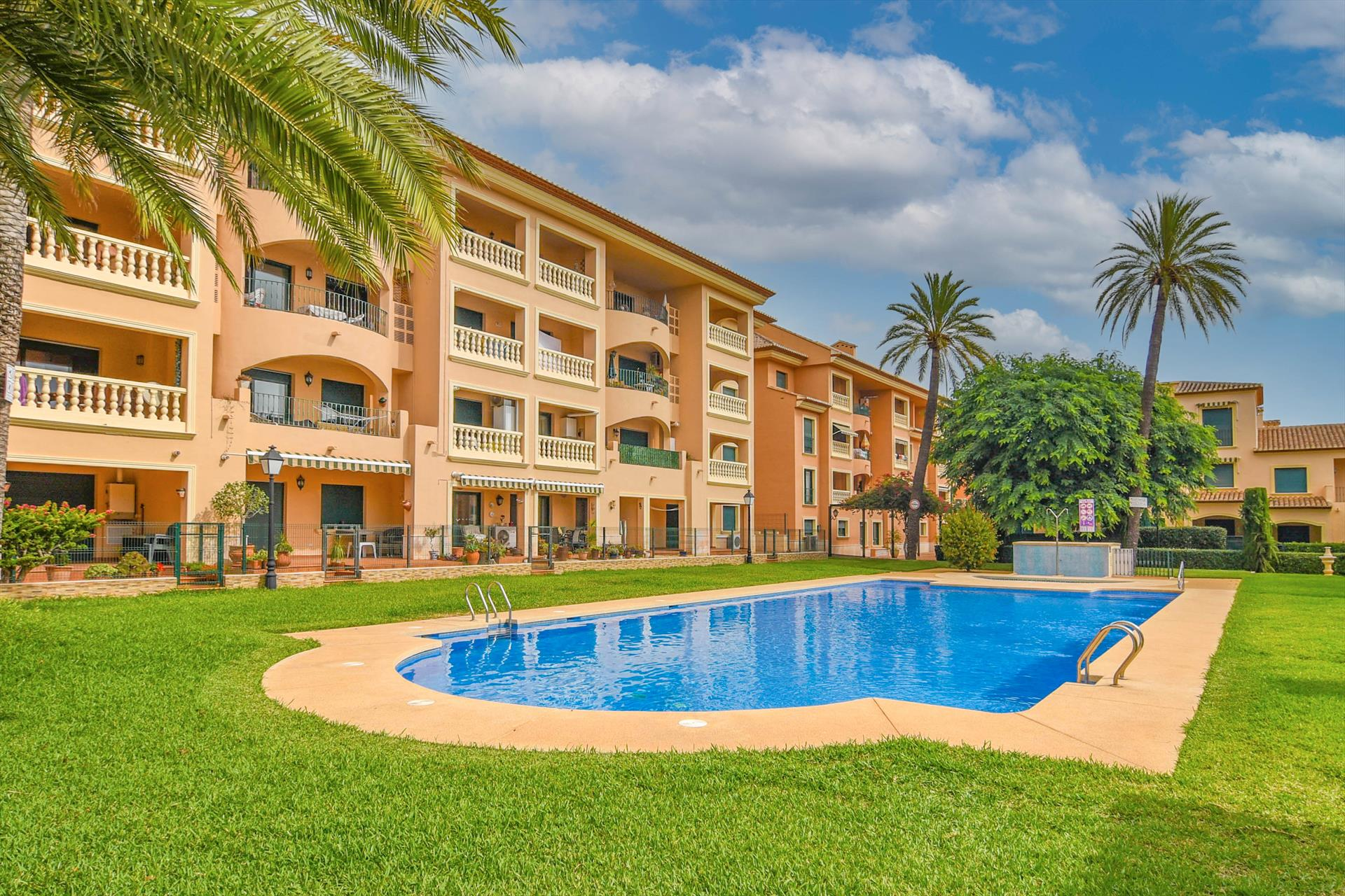 Jardines de Noa,Apartment in Javea, on the Costa Blanca, Spain  with communal pool for 2 persons...