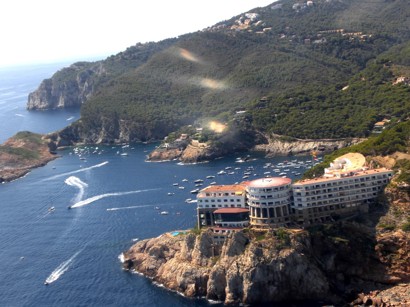 CSS 13 apt con vistas al mar y pequeña terraza,Appartement à Begur, sur la Costa Brava, Espagne  avec piscine communale pour 4 personnes.....