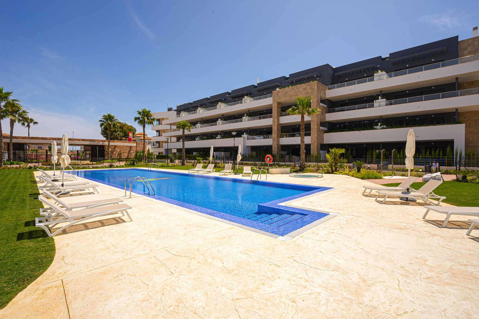 Playa Flamenca,Modern apartment  with communal pool in Orihuela Costa, on the Costa Blanca, Spain for 4 persons.....