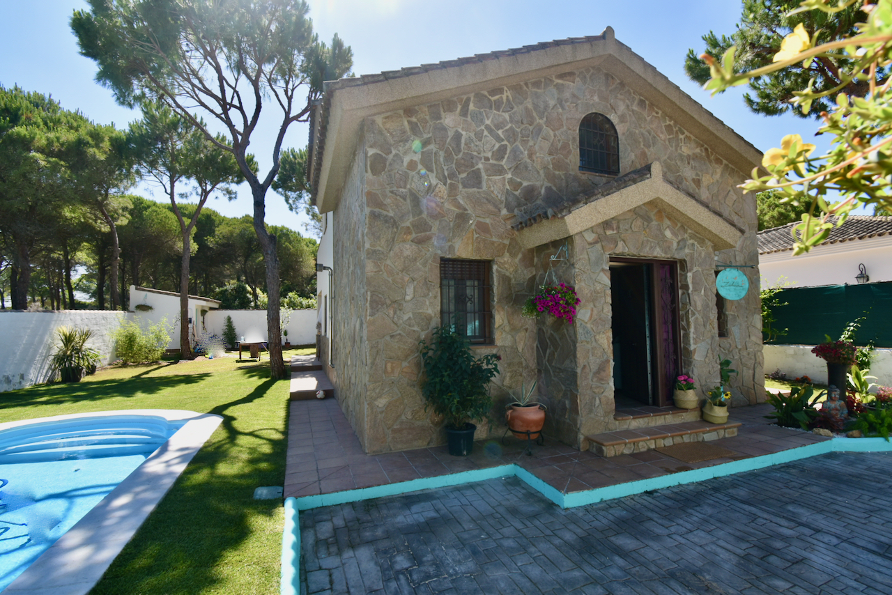 Zahara,Beautiful and cheerful villa in Chiclana de la Frontera, Andalusia, Spain  with private pool for 7 persons.....