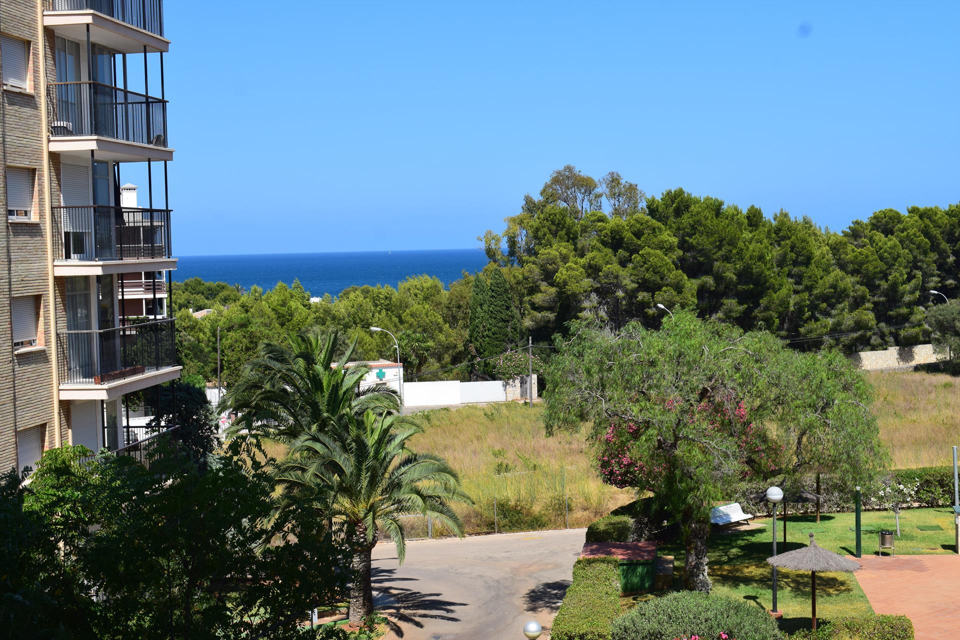 Las Viñas Playa Rotas AP2140,Apartamento maravilloso y confortable en Denia, en la Costa Blanca, España  con piscina comunitaria para 4 personas.....