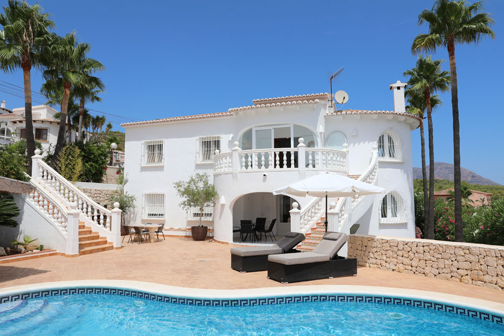 Les Fonts,Beautiful and comfortable apartment in Javea, on the Costa Blanca, Spain  with private pool for 4 persons.....