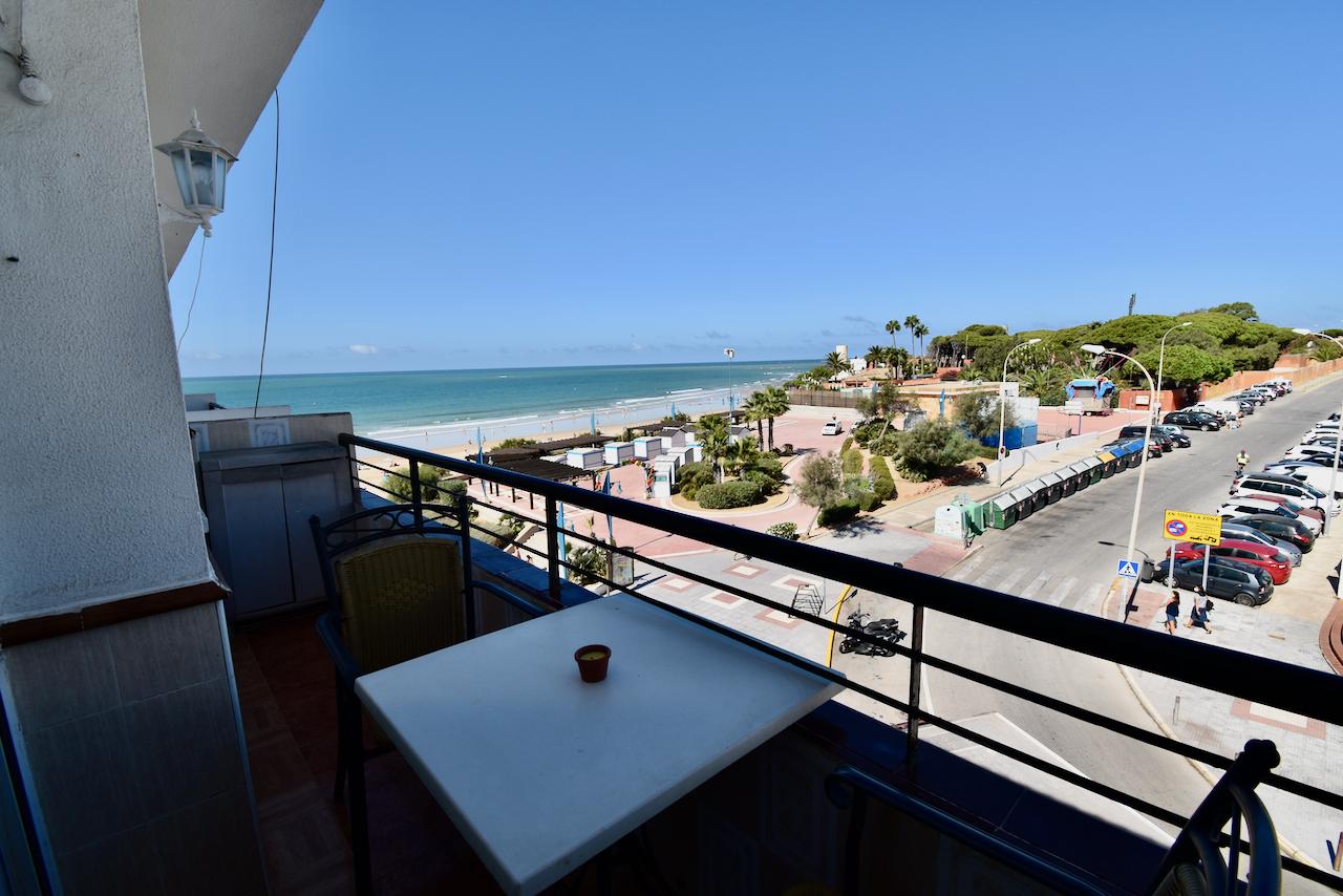 La Playa,Beautiful and comfortable apartment in Chiclana de la Frontera, Andalusia, Spain for 5 persons.....
