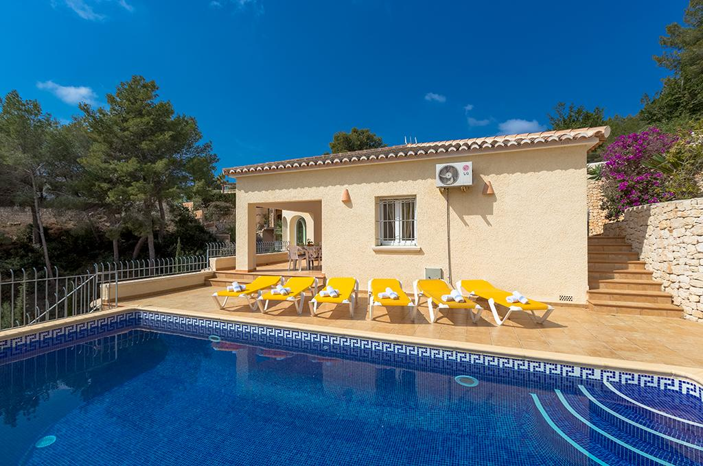 Estefania  6, Comfortable villa with private pool in Benissa for 6 persons, for some pleasant holidays in Spain with family, friends and.....