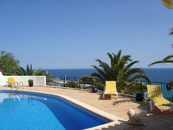 Campomanus, Villa with private pool in Altea, on the Costa Blanca, Spain for 6 persons. The villa is situated in a hilly and residential.....