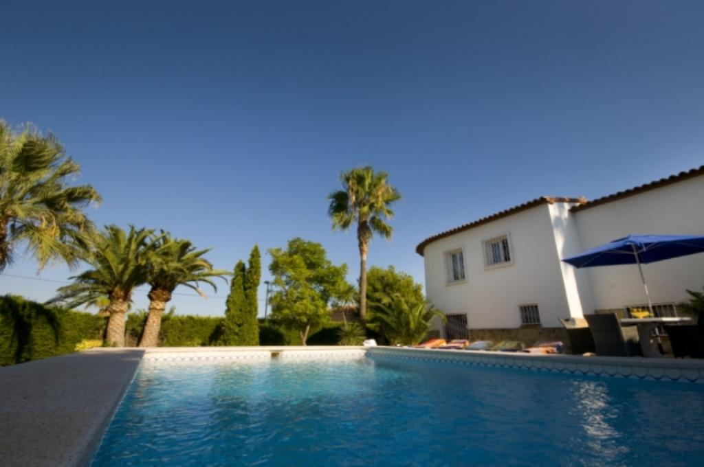 Patrax  6 La Nucia, Villa in Altea, on the Costa Blanca, Spain  with private pool for 6 persons...