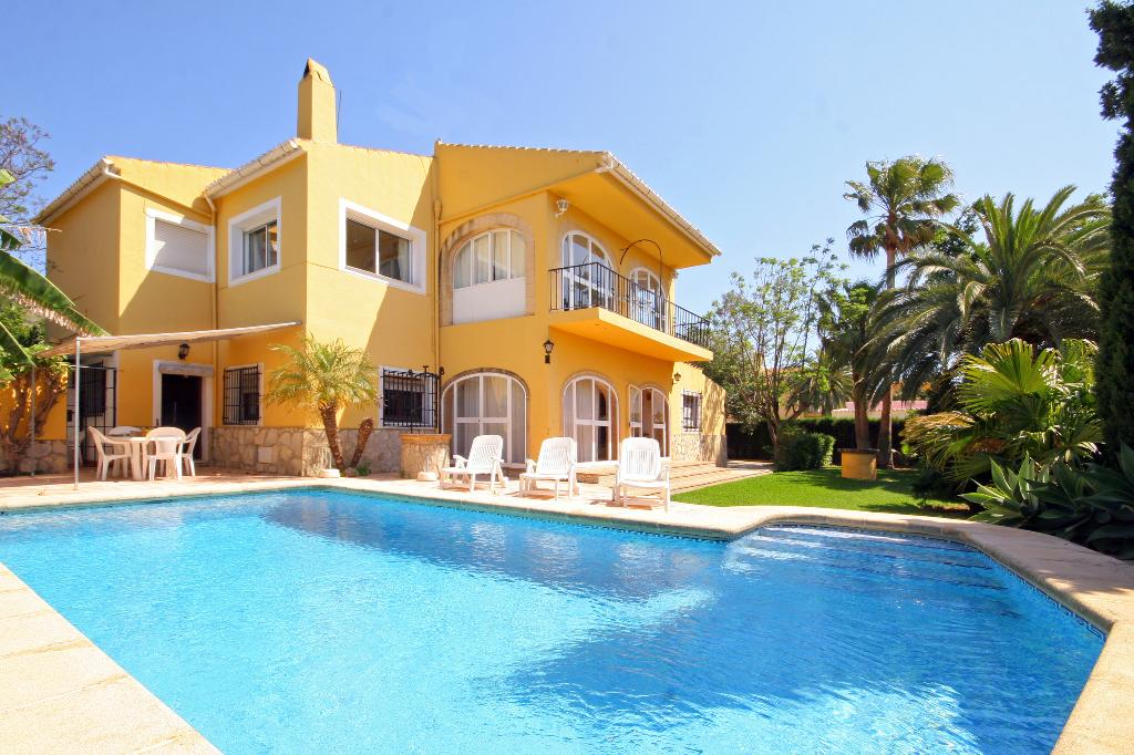 La Mezquida, Beautiful and classic holiday home in Javea, on the Costa Blanca, Spain  with private pool for 12 persons...