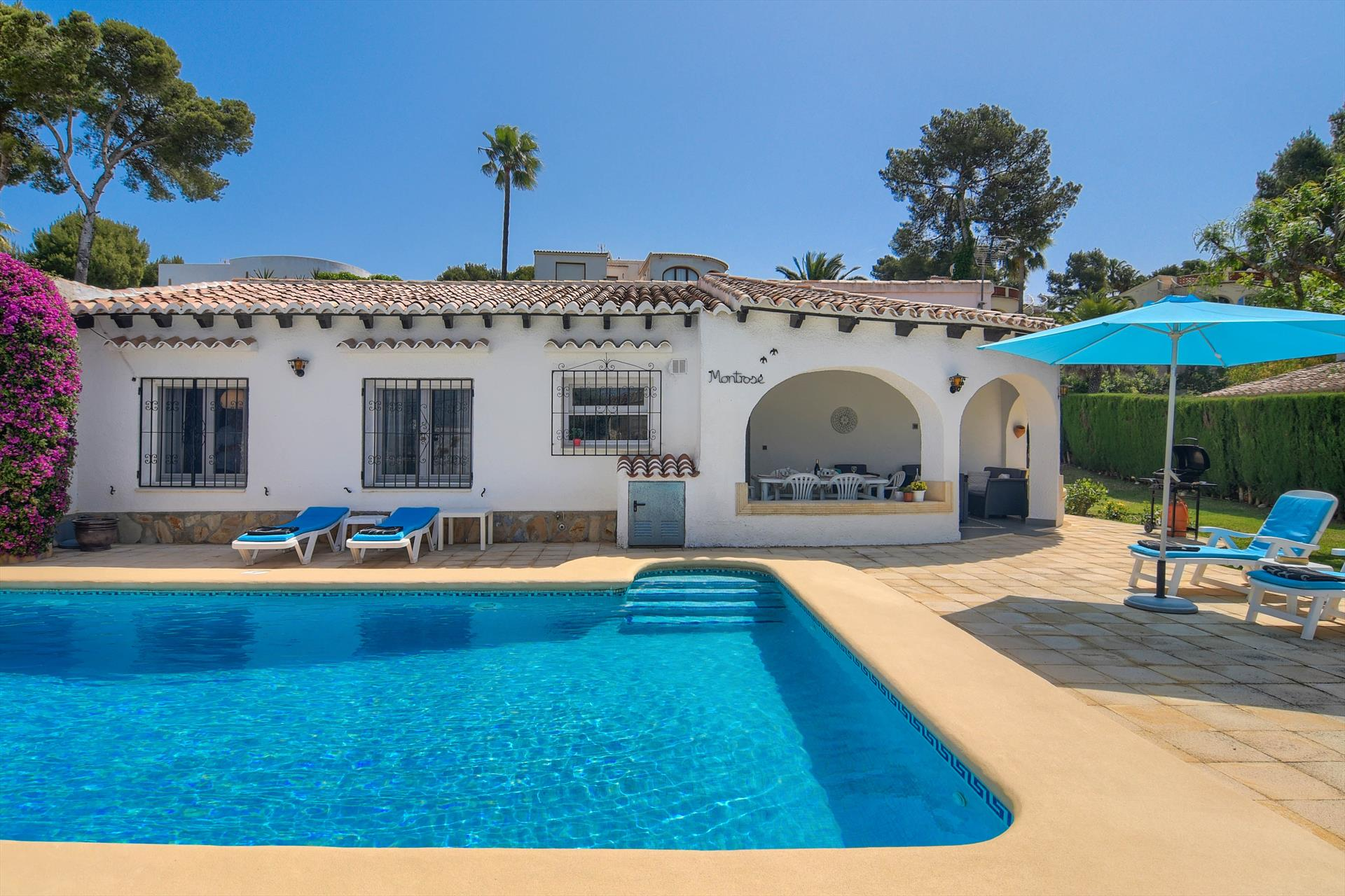 Montrose, Lovely and comfortable villa  with private pool in Javea, on the Costa Blanca, Spain for 7 persons...
