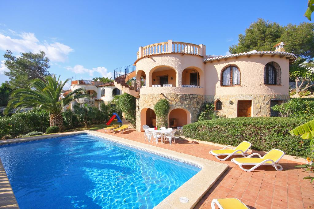 Kelico, Beautiful and comfortable villa in Javea, on the Costa Blanca, Spain  with private pool for 6 persons...