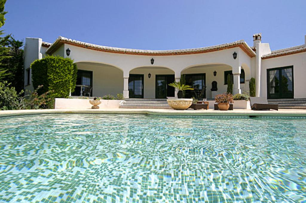 La Cumbre, Comfortable villa in Javea, on the Costa Blanca, Spain  with private pool for 6 persons.....