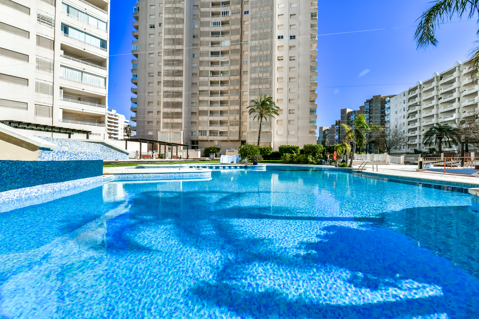 Apartamento Apolo XVI 1 4 19, Apartment  with communal pool in Calpe, on the Costa Blanca, Spain for 4 persons.....