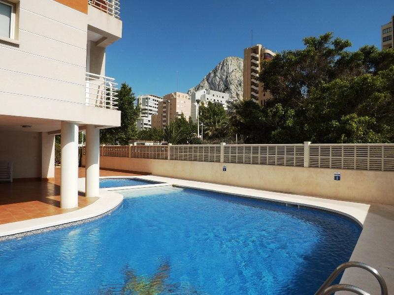 Apartamento Racodifach 2B, Apartment  with communal pool in Calpe, on the Costa Blanca, Spain for 6 persons.....