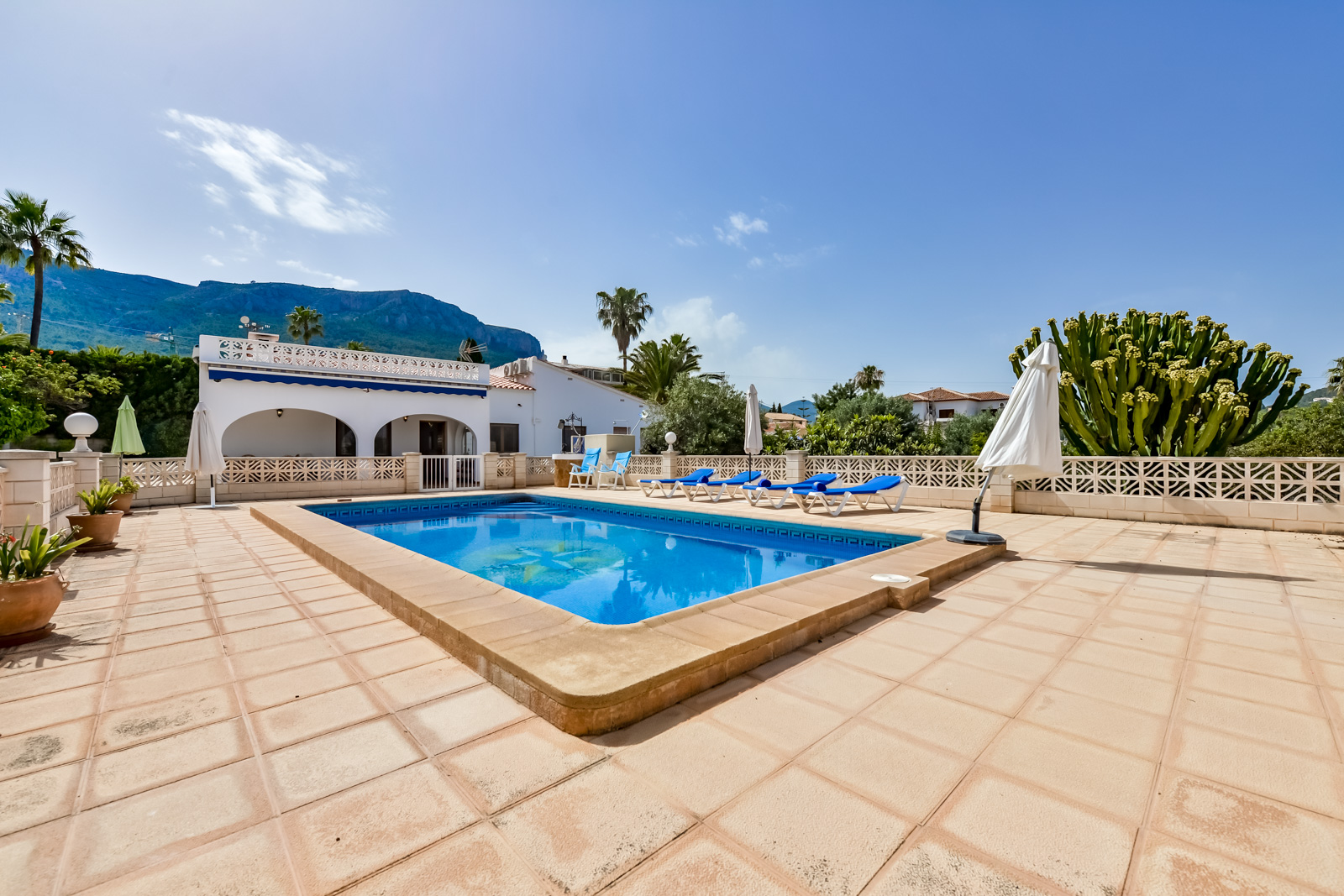 Villa Benicolada, Villa in Calpe, on the Costa Blanca, Spain  with private pool for 6 persons.....