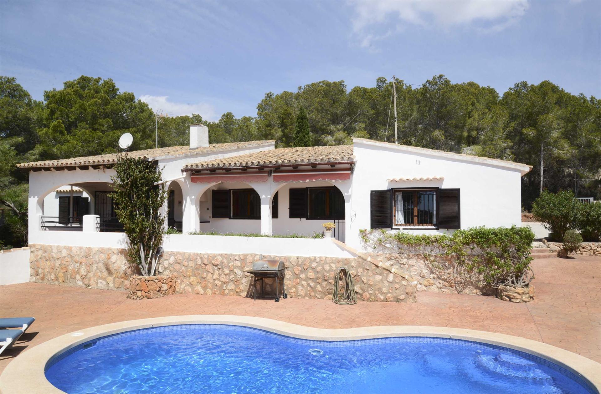 Villa La Pinada, Comfortable villa  with private pool in Benissa, on the Costa Blanca, Spain for 8 persons.....