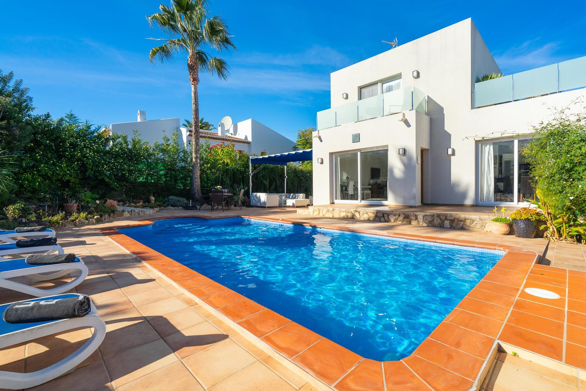 Reina, Modern and comfortable villa  with private pool in Javea, on the Costa Blanca, Spain for 4 persons.....
