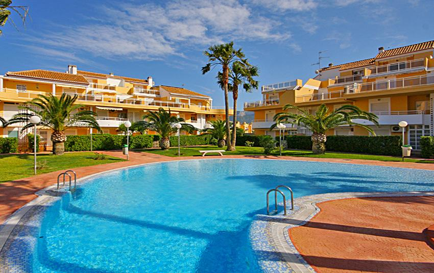 Jardines de Denia, Beautiful and comfortable apartment in Denia, on the Costa Blanca, Spain  with communal pool for 4 persons...