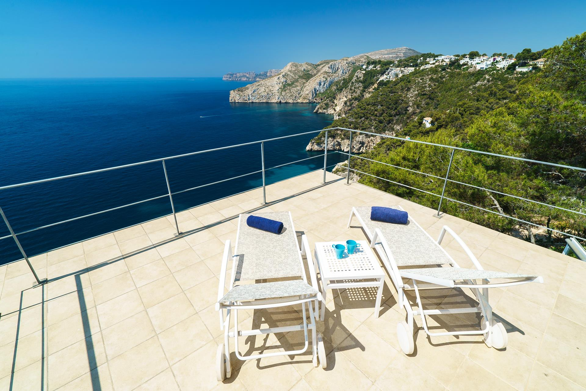 Villa Bombon, Modern and romantic villa  with private pool in Javea, on the Costa Blanca, Spain for 6 persons.....