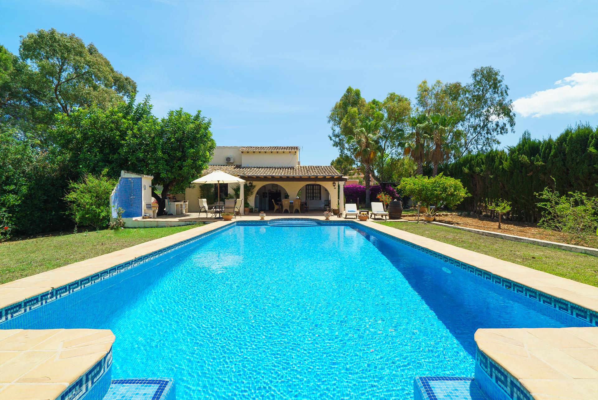 Villa Pinella, Beautiful and romantic villa in Denia, on the Costa Blanca, Spain  with private pool for 6 persons.....