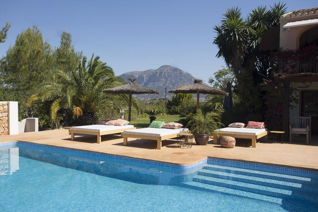 Casoba, Comfortable villa in Javea, on the Costa Blanca, Spain  with private pool for 10 persons.....