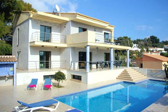 Amanecer 3379,Casa de vacaciones en Moraira, en la Costa Blanca, España  con piscina privada para 14 personas...