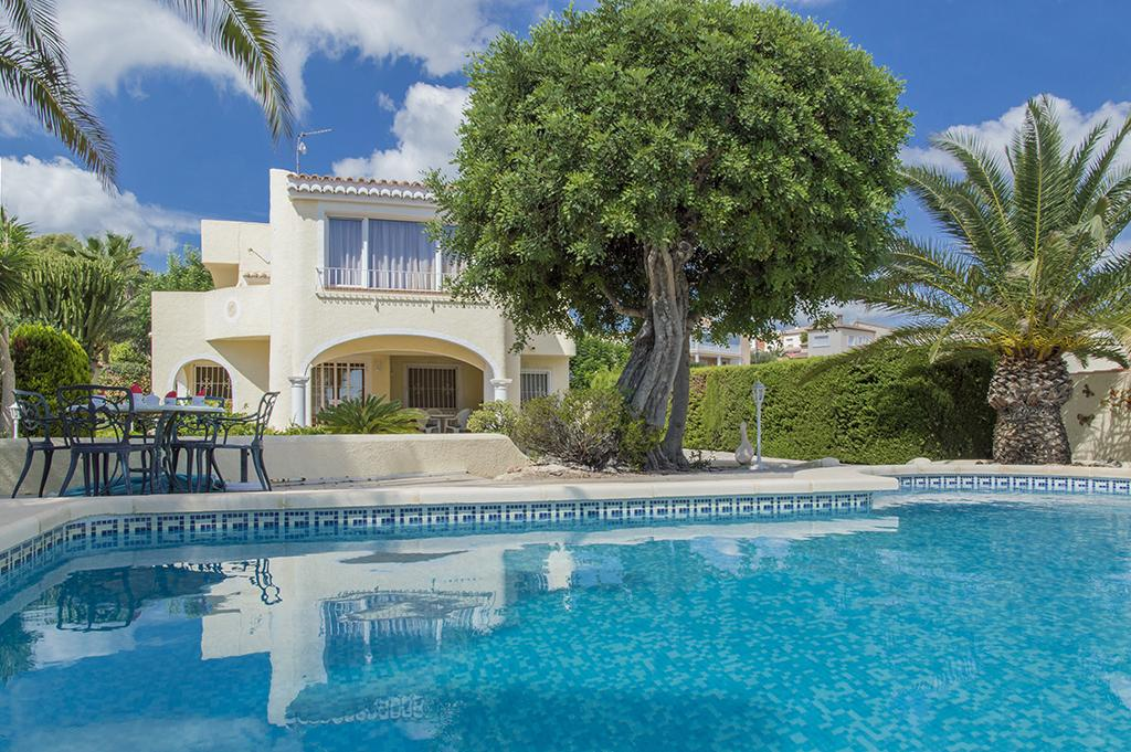 Altamira 4, Wonderful and nice villa in Benissa, on the Costa Blanca, Spain  with private pool for 4 persons...