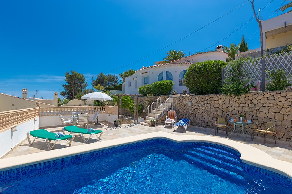 Melanie 4, Villa with private pool in Benissa, on the Costa Blanca, Spain for 4 persons. The villa is situated in a hilly, wooded and.....