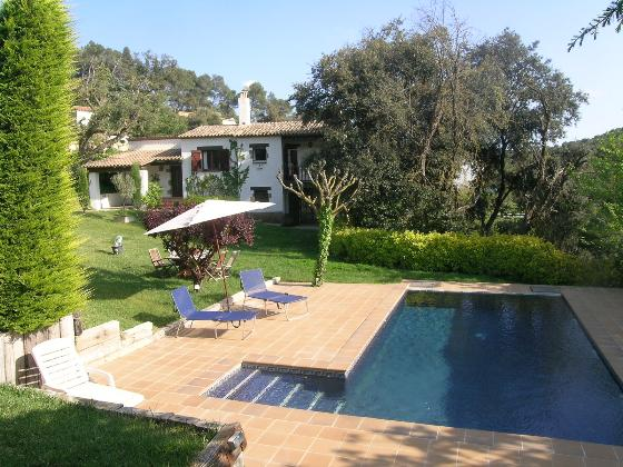 SA RIERETA Begur Costa Brava casa con piscina privada y gran jardin ideal para familias, Rustic and comfortable villa  with private pool in Begur, on the Costa Brava, Spain for 8 persons.....
