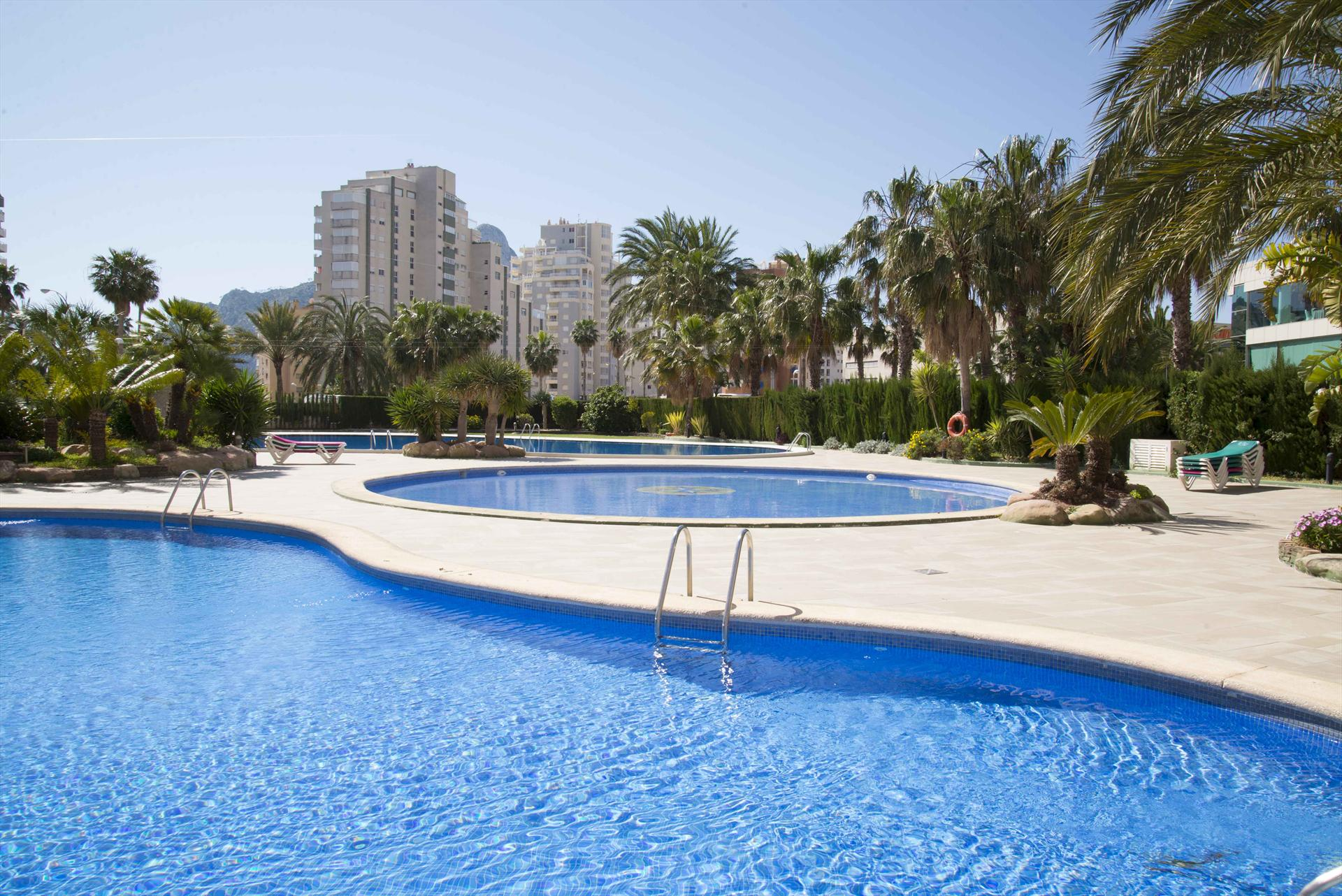 Apartamento Coralbeach 28A, Apartment  with communal pool in Calpe, on the Costa Blanca, Spain for 6 persons.....
