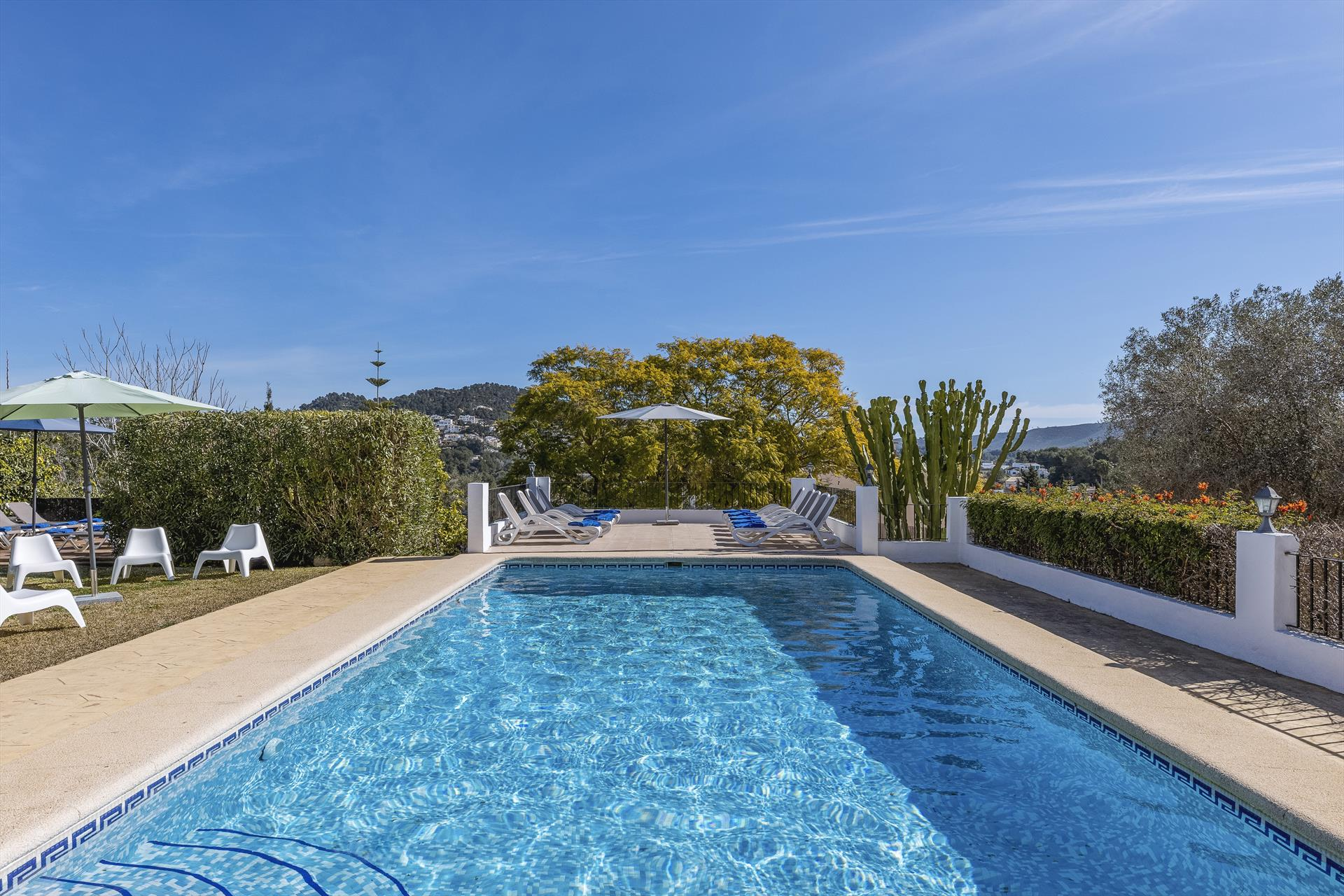 Casa Rosalia 18 pax, Large and comfortable villa  with private pool in Javea, on the Costa Blanca, Spain for 18 persons...