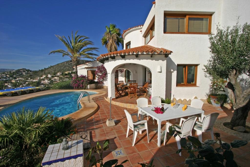 Miralmar 4, Rustic and comfortable villa  with private pool in Moraira, on the Costa Blanca, Spain for 4 persons...