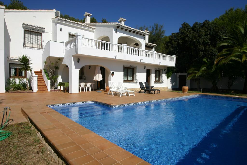 Casa Barry, Wonderful and classic villa  with private pool in Moraira, on the Costa Blanca, Spain for 10 persons.....