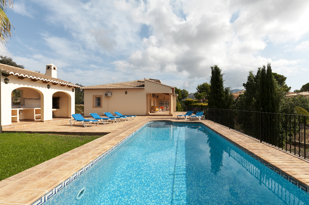 Villa Cortez, Beautiful and comfortable villa in Denia, on the Costa Blanca, Spain  with private pool for 6 persons.....