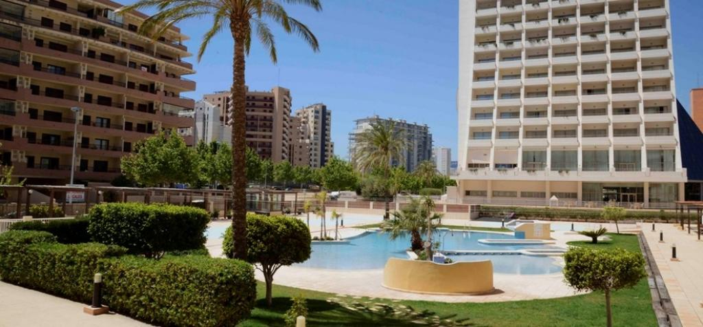 Apartamento Apolo XVI 4, Apartment in Calpe, on the Costa Blanca, Spain  with communal pool for 4 persons.....