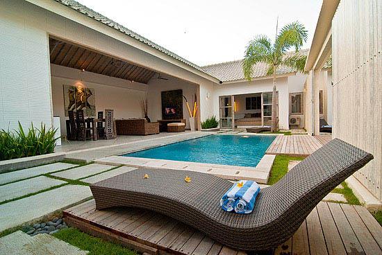 Anakula,Grote en leuke villa  met privé zwembad in Seminyak, op Bali, Indonesië voor 4 personen...