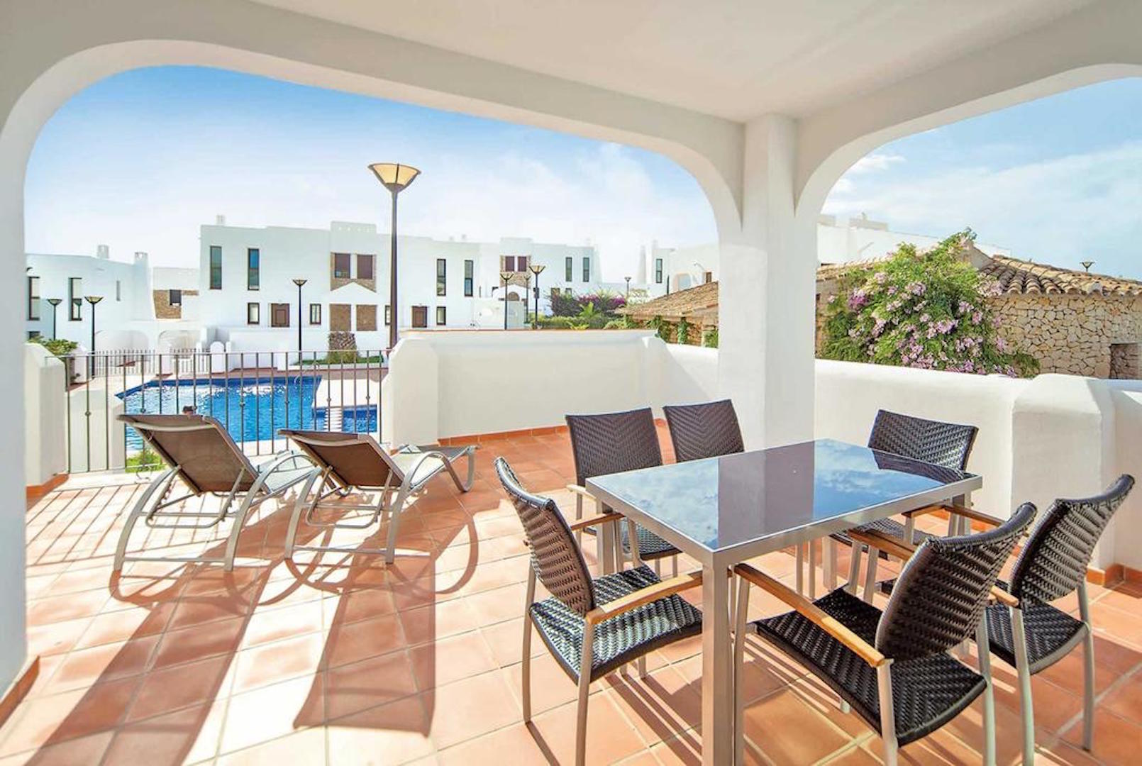 Villa Mirador de Bassetes 4, Villa  with communal pool in Calpe, on the Costa Blanca, Spain for 4 persons.....
