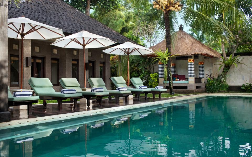 Dewata ii, Large and luxury villa in Seminyak, Bali, Indonesia  with private pool for 10 persons...