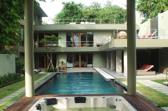 Da vinci, Large and luxury villa  with private pool in Canggu, Bali, Indonesia for 8 persons...
