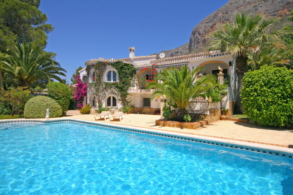 Nido de Aguila, Luxury villa  with private pool in Javea, on the Costa Blanca, Spain for 8 persons.....
