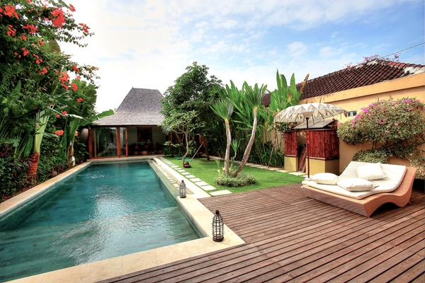 Saffira,Large and comfortable villa in Seminyak, Bali, Indonesia  with private pool for 8 persons...