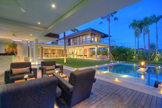 Kalyani,Grote en luxe villa  met privé zwembad in Canggu, op Bali, Indonesië voor 10 personen...