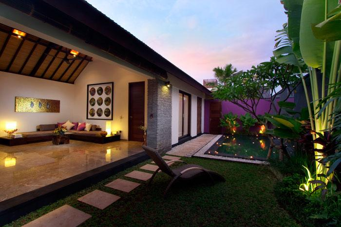 Anjali Purple 1, Comfortable villa    with private pool, in Seminyak, Bali, Indonesia for a maximum of 2 persons....