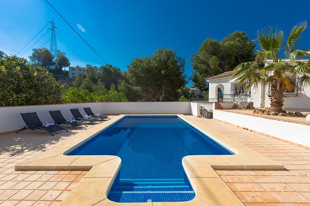 Charra 4, Rustic and comfortable villa in Altea, on the Costa Blanca, Spain  with private pool for 4 persons...